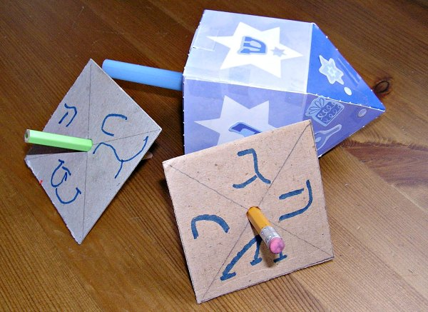 examples of homemade paper dreidels
