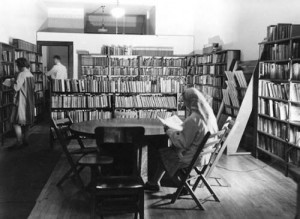 Early_Mount_Prospect_Public_Library_Building_1944-300x219
